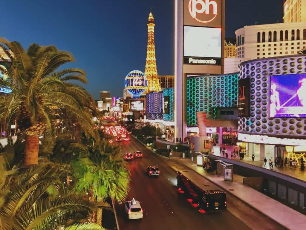 Las Vegas combines the best of entertainment and 420 friendly activities